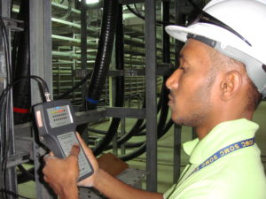 Partial discharge testing for cables